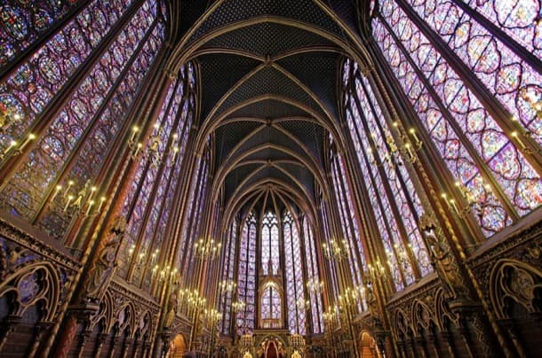 interior arquitectura gótica