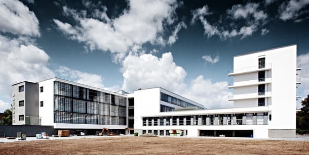 Exteriores sede Bauhaus en Dessau (Alemania)
