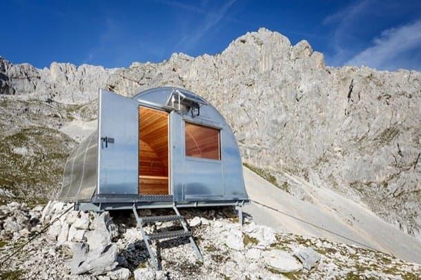 Refugio alpino bivak ii construcci n prefabricada en metal y madera - Refugios de madera prefabricados ...
