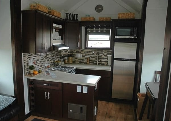 Cocina casa expandible Tiny Idahomes