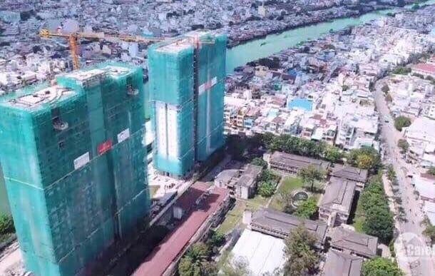 construcción torres conectadas Diamond Lotus Riverside