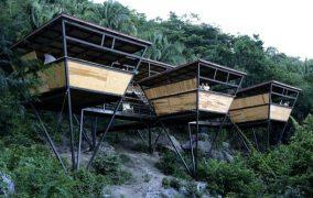 V-Houses: refugios prefabricados en México