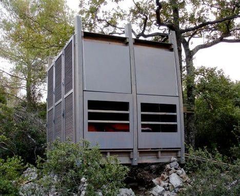 L'Ermitage refugio de madera cerrado