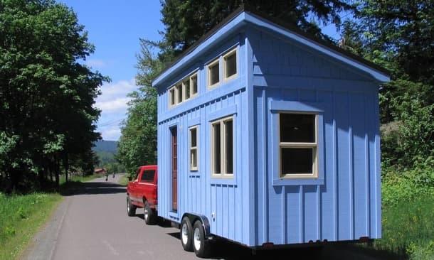 Mini casa sobre ruedas