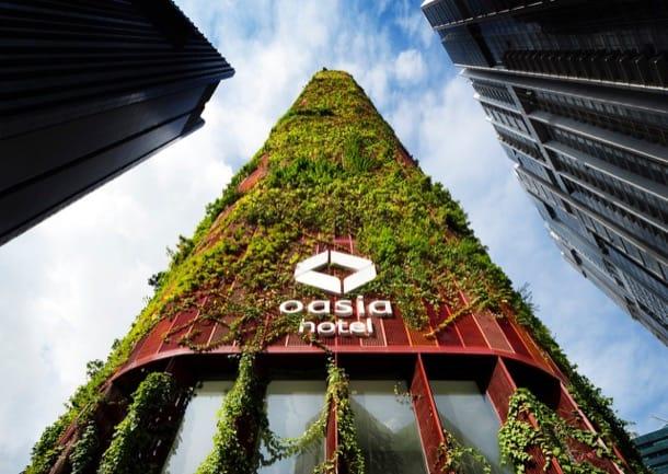 Torre con fachada verde, para un hotel de Singapur