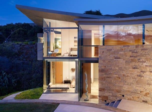 fachada vidrio vivienda lujo Otter Cove
