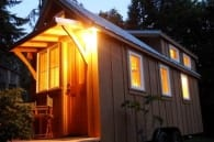 mini casa de madera Ynez entrada